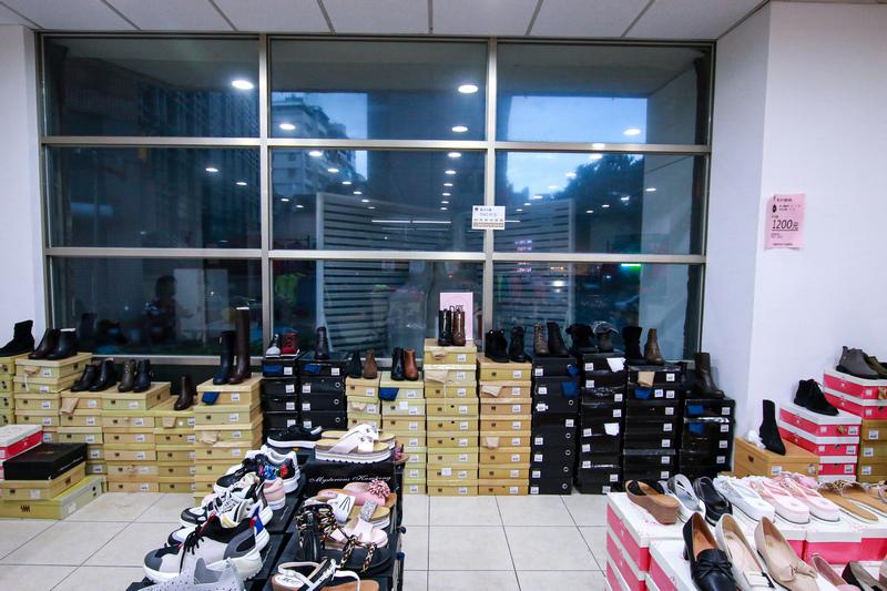 SM專櫃女鞋 SM專櫃女鞋特賣會 女鞋特賣會 士林特賣會 士林女鞋特賣會43.jpg