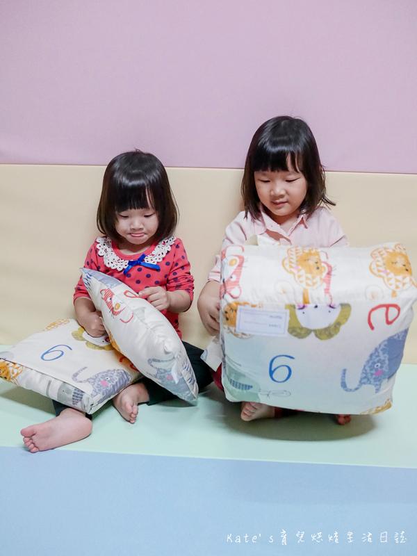 Vega唯家奈米遠紅外線兒童午安睡袋 VEGA字母樂園兒童睡袋組 唯家奈米遠紅外線兒童睡袋 兒童睡袋推薦 睡袋推薦 睡袋收納被推薦 四季兒童睡袋 台灣製睡袋 MIT兒童睡袋11.jpg
