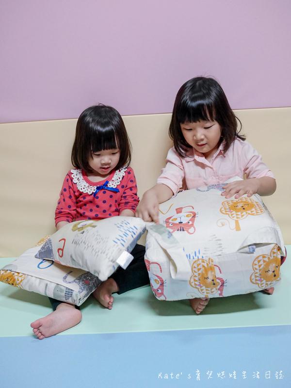 Vega唯家奈米遠紅外線兒童午安睡袋 VEGA字母樂園兒童睡袋組 唯家奈米遠紅外線兒童睡袋 兒童睡袋推薦 睡袋推薦 睡袋收納被推薦 四季兒童睡袋 台灣製睡袋 MIT兒童睡袋13.jpg