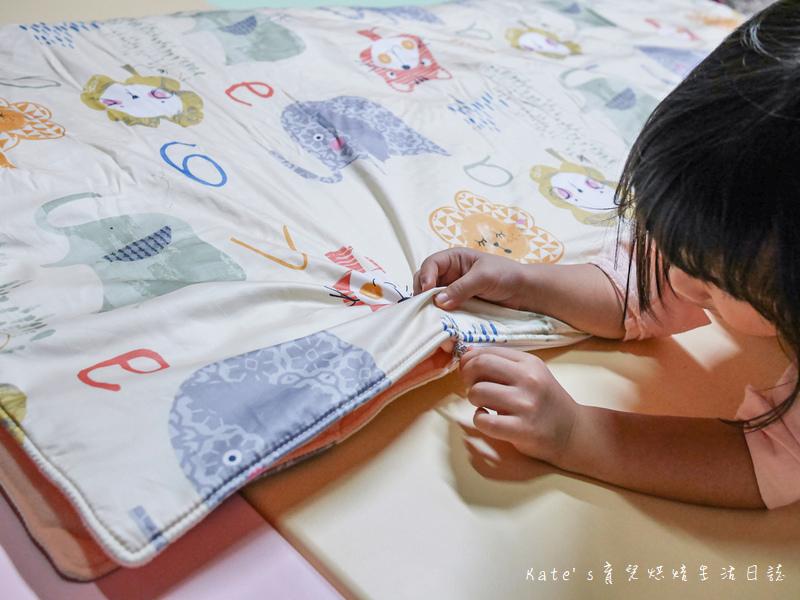 Vega唯家奈米遠紅外線兒童午安睡袋 VEGA字母樂園兒童睡袋組 唯家奈米遠紅外線兒童睡袋 兒童睡袋推薦 睡袋推薦 睡袋收納被推薦 四季兒童睡袋 台灣製睡袋 MIT兒童睡袋20.jpg