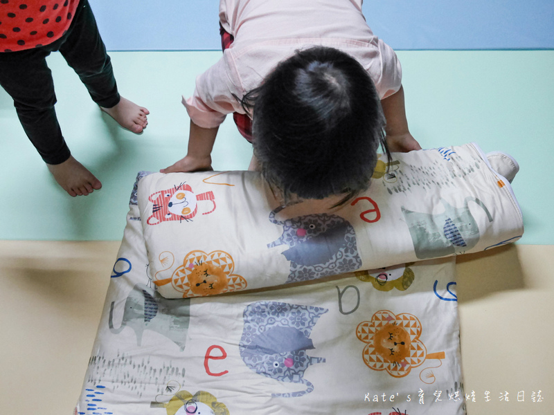 Vega唯家奈米遠紅外線兒童午安睡袋 VEGA字母樂園兒童睡袋組 唯家奈米遠紅外線兒童睡袋 兒童睡袋推薦 睡袋推薦 睡袋收納被推薦 四季兒童睡袋 台灣製睡袋 MIT兒童睡袋22.jpg