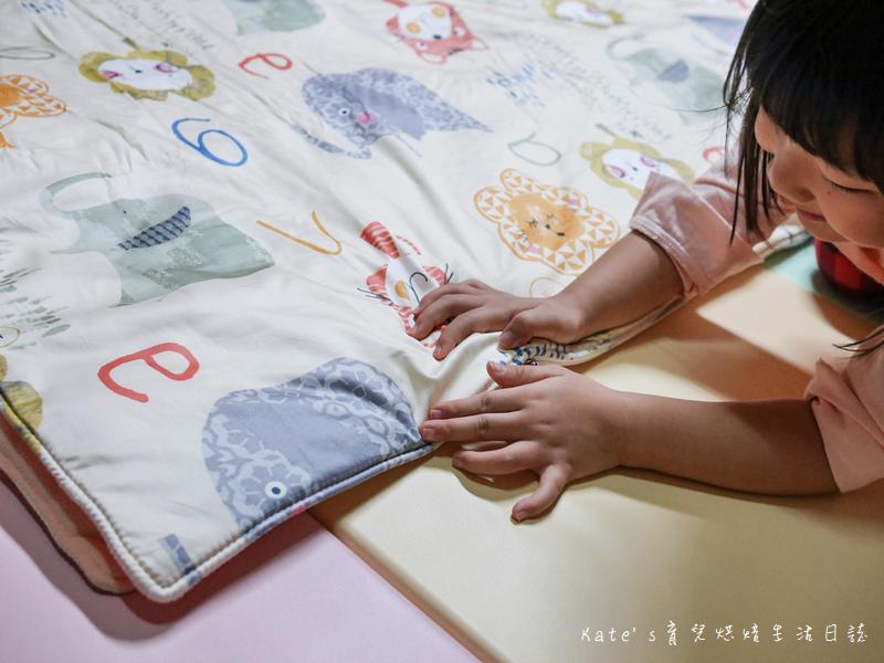 Vega唯家奈米遠紅外線兒童午安睡袋 VEGA字母樂園兒童睡袋組 唯家奈米遠紅外線兒童睡袋 兒童睡袋推薦 睡袋推薦 睡袋收納被推薦 四季兒童睡袋 台灣製睡袋 MIT兒童睡袋21.jpg