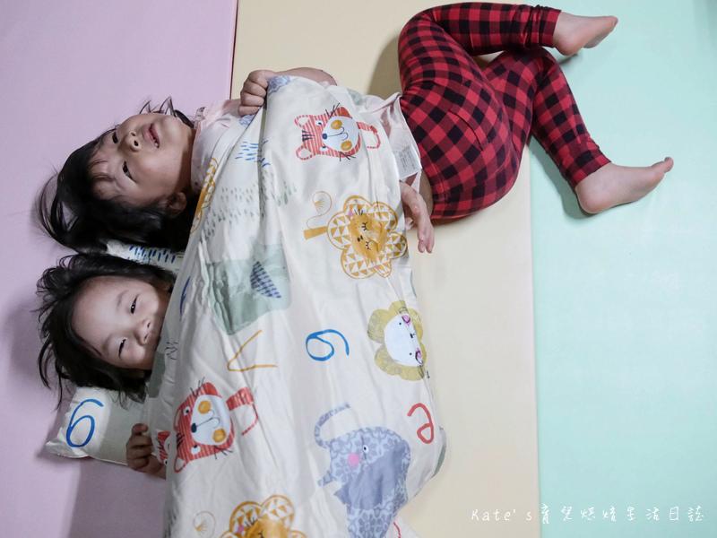 Vega唯家奈米遠紅外線兒童午安睡袋 VEGA字母樂園兒童睡袋組 唯家奈米遠紅外線兒童睡袋 兒童睡袋推薦 睡袋推薦 睡袋收納被推薦 四季兒童睡袋 台灣製睡袋 MIT兒童睡袋27.jpg