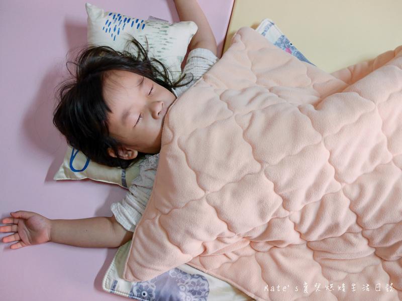 Vega唯家奈米遠紅外線兒童午安睡袋 VEGA字母樂園兒童睡袋組 唯家奈米遠紅外線兒童睡袋 兒童睡袋推薦 睡袋推薦 睡袋收納被推薦 四季兒童睡袋 台灣製睡袋 MIT兒童睡袋33.jpg