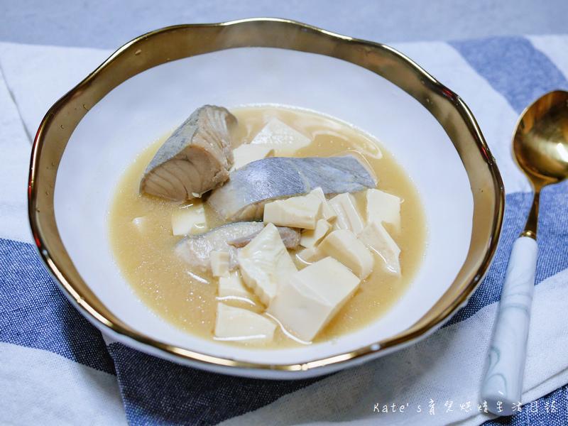 東港松板鮪魚肚 味噌豆腐魚湯1.jpg