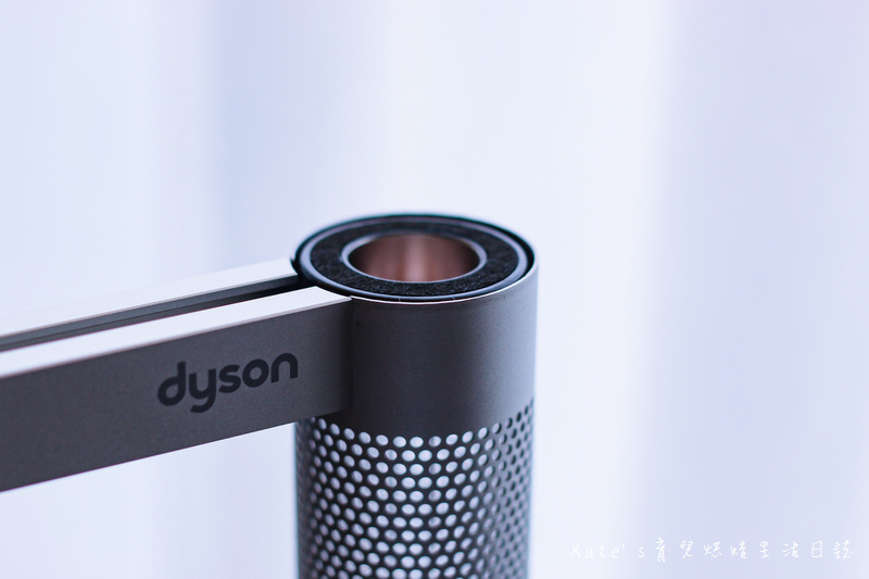 Dyson Lightcycle Morph™落地燈開箱 Dyson Lightcycle Morph™檯燈 Dyson Lightcycle Morph落地燈 Dyson落地燈 Dyson立燈 Dyson檯燈 Dyson工作燈 Dyson智慧落地燈 檯燈推薦 親子共讀檯燈 燈具推薦31.jpg