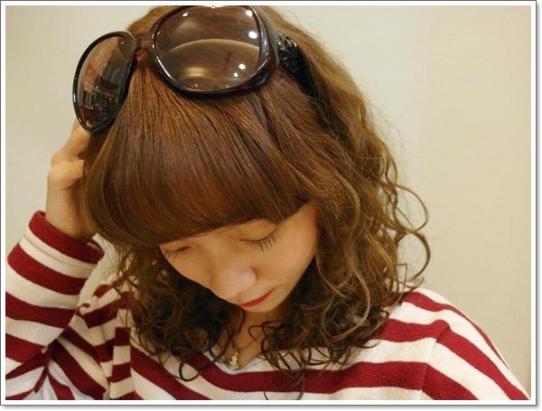 HAPPY HAIR02.jpg