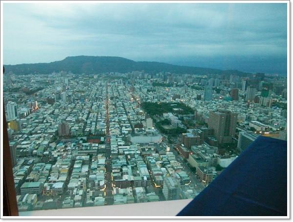 SKY觀景西餐05.jpg