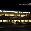 10:00a.m.(台灣時間凌晨1點)終於到了馬列機場