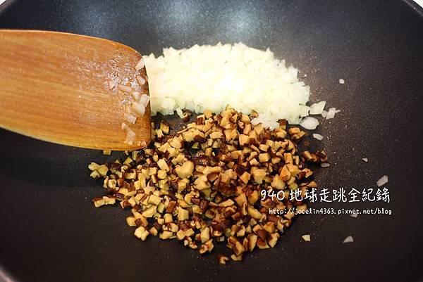 娃娃菜豬肉4.JPG