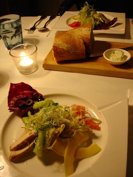 前菜沙拉。是還不錯~