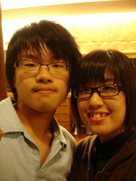 我和堂弟兒.高校生。
