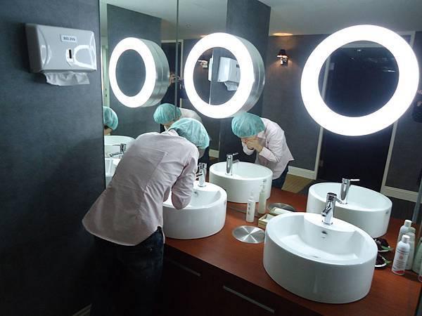 洗臉ing
