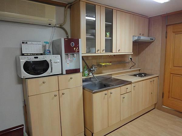 還有小廚房