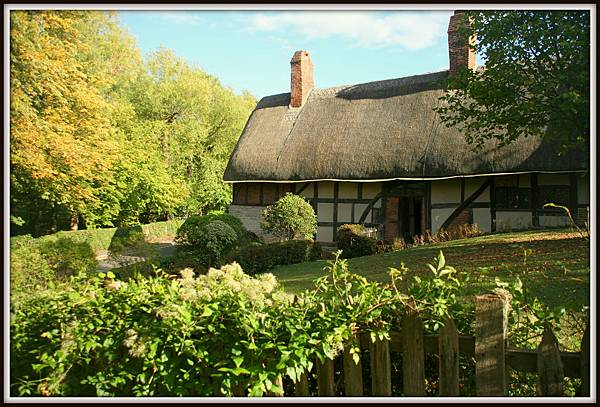 Anne Hathaways Cottage003