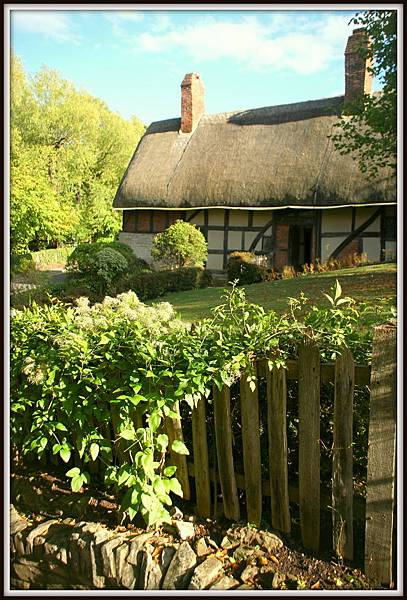 Anne Hathaways Cottage004