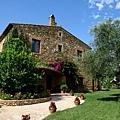 Juan Carlos' Home 001