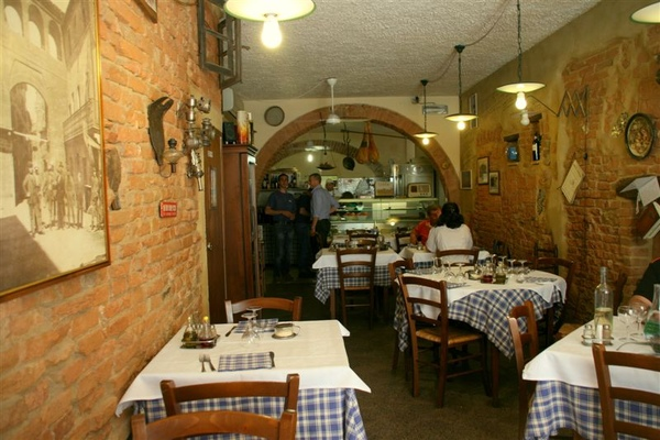 Lunch in Buonconvento 2.jpg