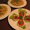 義大利麵餃及Salad.JPG