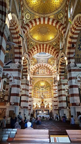 聖母院2.jpg