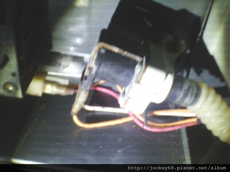 [居家修繕]三洋媽媽樂洗衣機SW-865V無法排水脫水維修 (3).jpg