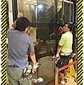 漢誠工程行-自動門玻璃破裂更換