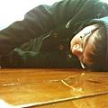陳彥匡睡死了