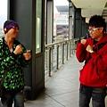 黑仔+白蘿蔔/在空廊上演吐口水搏擊大賽