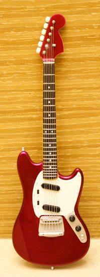 Fender Mustang.jpg