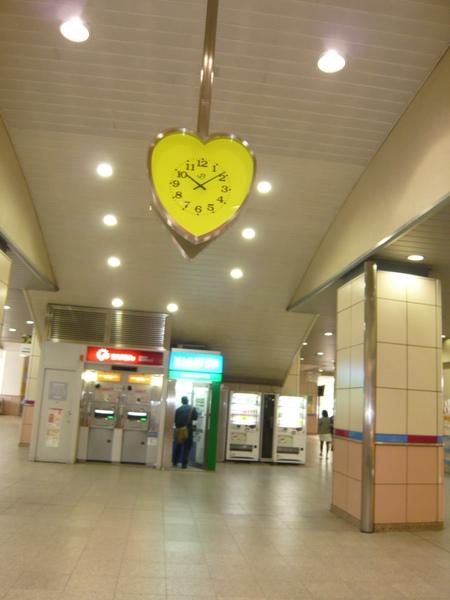 迪士尼舞濱站時鐘
