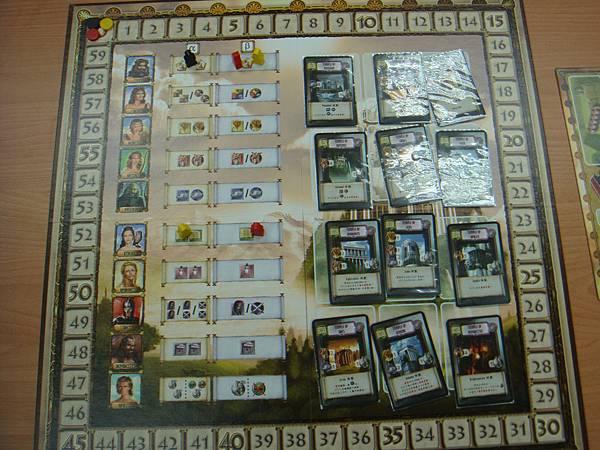 遊戲進行中,奧林匹斯山會被12張特殊神殿卡遮住