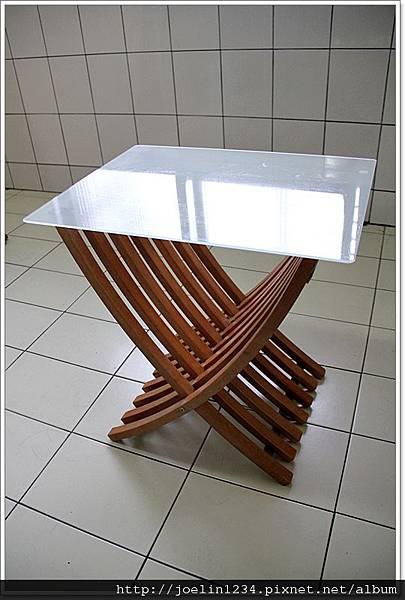 邊桌01.JPG