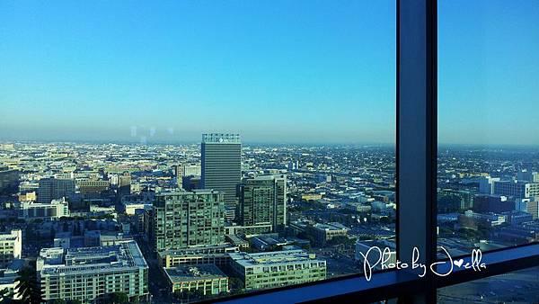 Ritz-Carlton Residences LA LIVE (2)