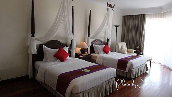 Angkor Palace Resort & Spa (10).jpg
