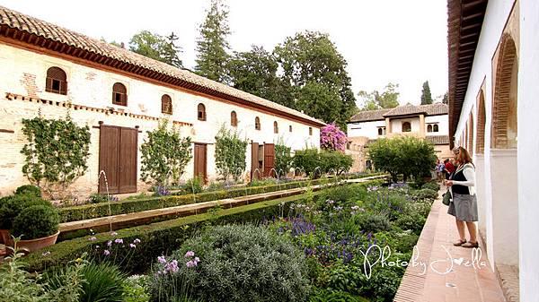 Alhambra_軒尼洛里菲花園 (1)
