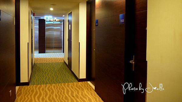 香港蘇豪智選假日酒店 Holiday Inn Express Hong Kong Soho (2).jpg