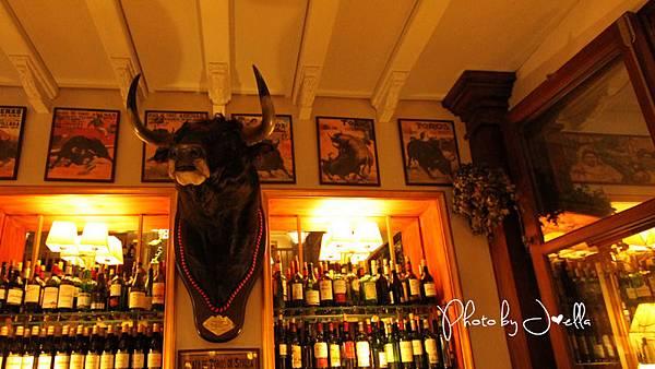 BAR LA CATEDRAL(Sevilla) (2).jpg
