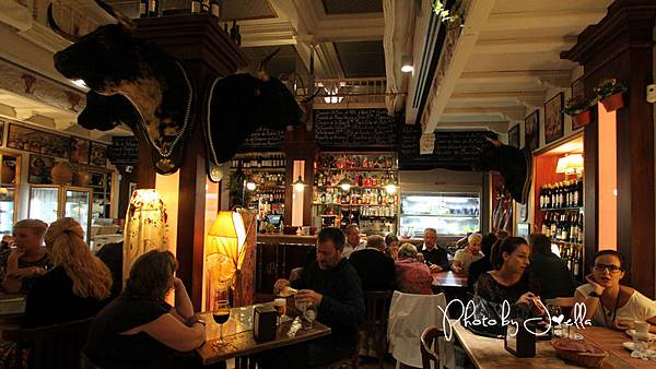 BAR LA CATEDRAL(Sevilla) (10).jpg