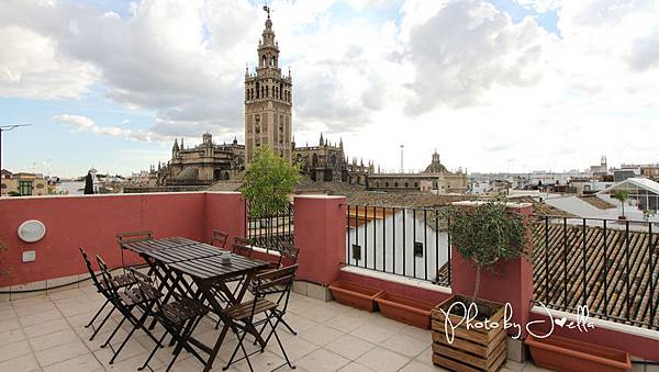 Grand Luxe Hostel(Sevilla) (7).jpg