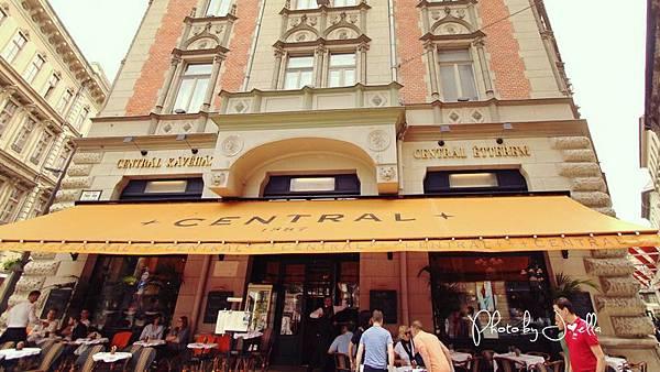 中央咖啡館 (2).jpg