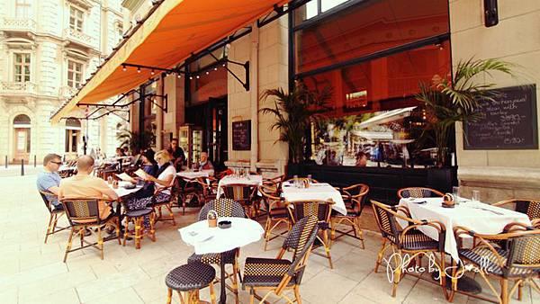 中央咖啡館 (1).jpg