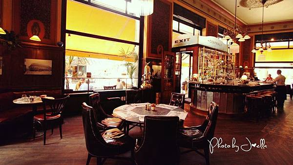中央咖啡館 (7).jpg