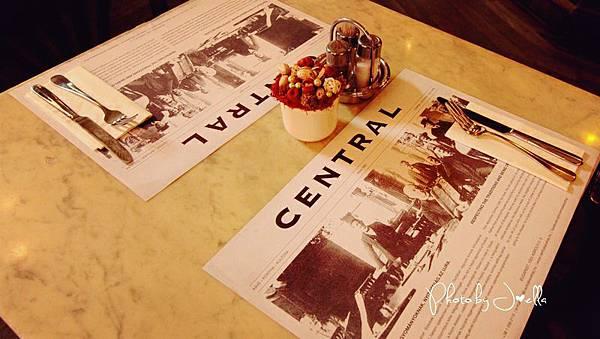 中央咖啡館 (8).jpg
