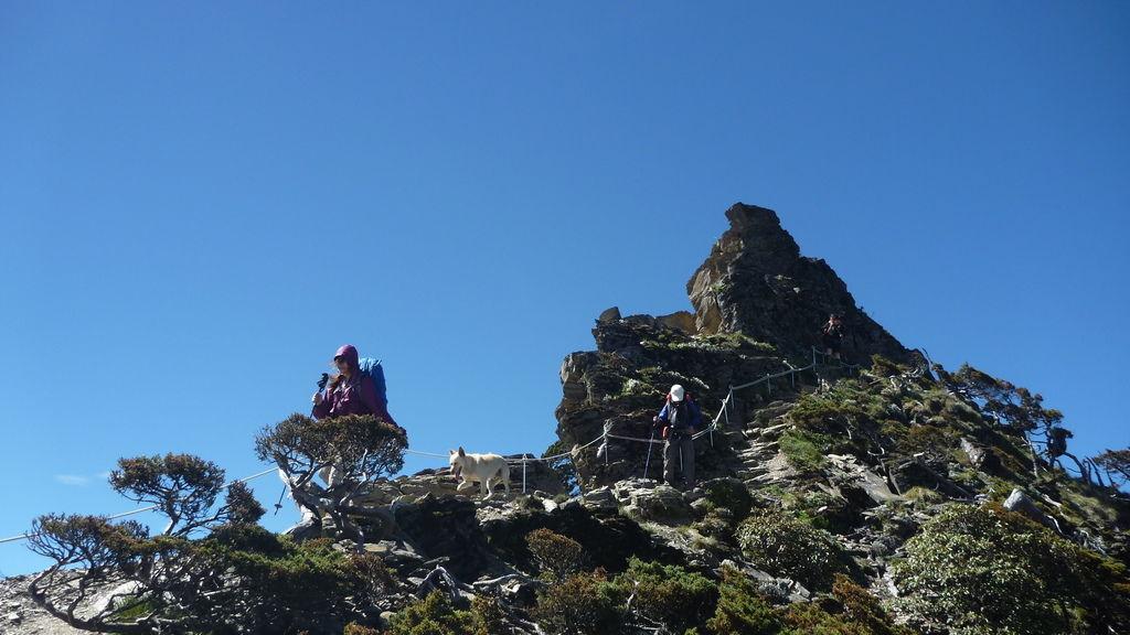 小白登五岩峰1