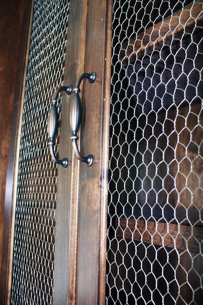 French-Country-Chicken-Wire-inspired-cabinets1