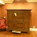 比鋼琴還重的衣櫃 01.jpg