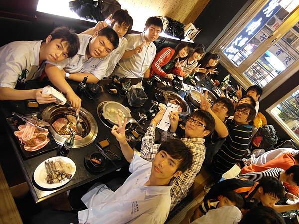 98學年度303赤燒謝師宴20100610_08.JPG