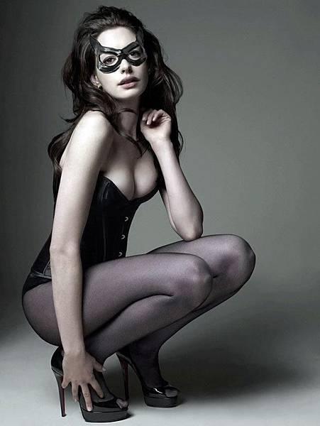 安海瑟薇(Anne Hathaway) 性感貓女照2