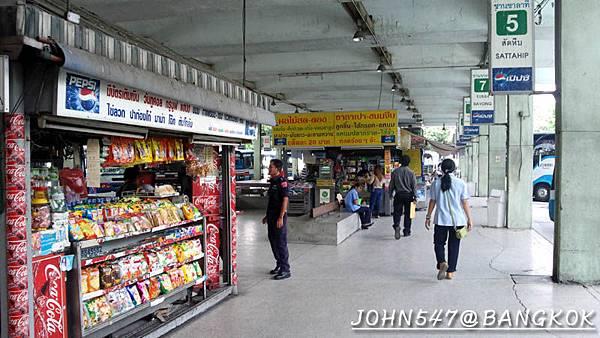 芭達雅玩水篇]曼谷搭巴士到Pattaya@EKKAMAI站-巴士東站6