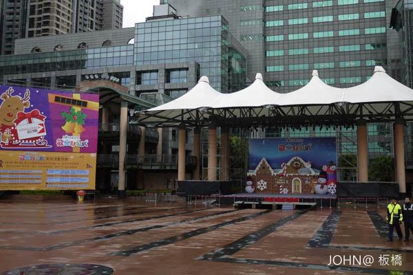 2012新北市歡樂耶誕城~市民廣場5